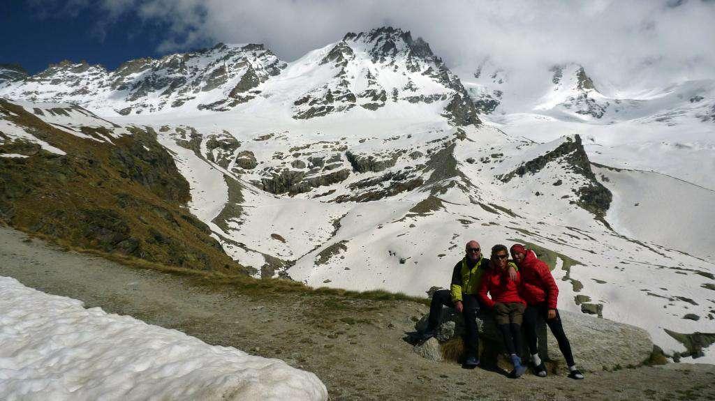 Foto di gruppo prima della partenza...