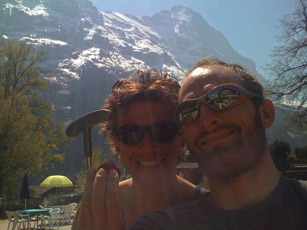 Giretto al minigolf di Grindelwald...un pò irriverenti verso l'Orco, ci rilassiamo dopo la salita