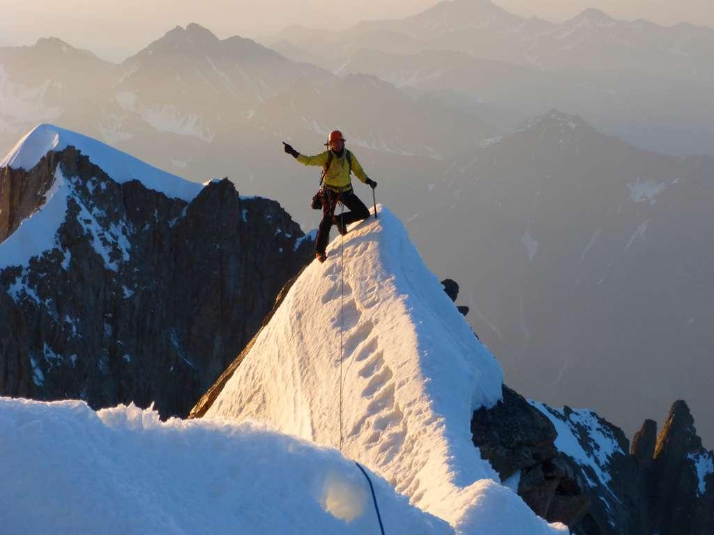 Equilibrismo sulla cresta...ecco le foto che ci aspettavamo!