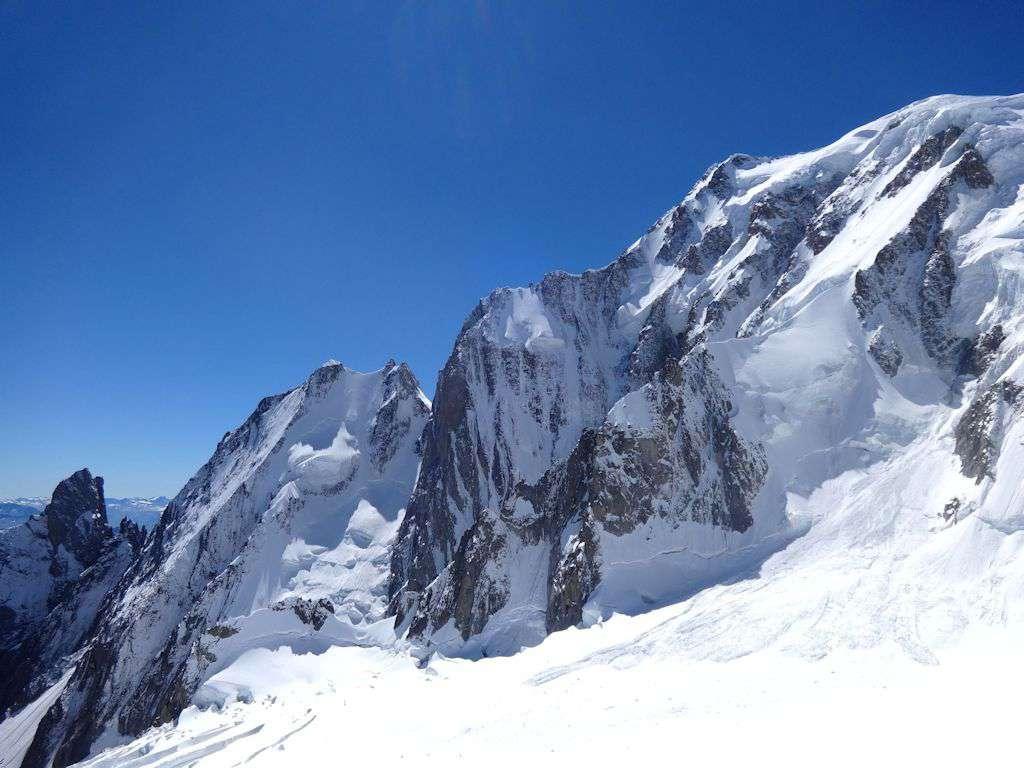 Panorama dalla Fourche:il versante Brenva del Monte Bianco