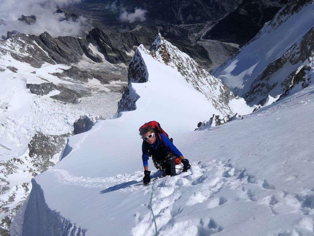 Max sulla cresta di Peuterey: infinita!