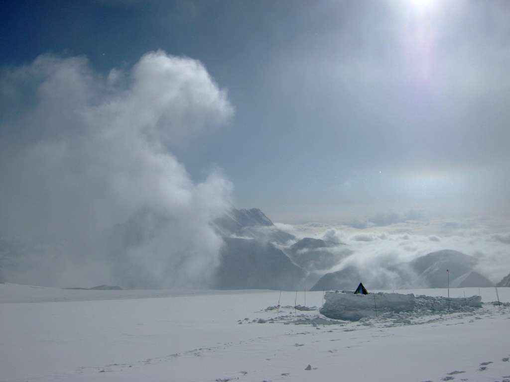 Campo 4 detto anche Madical Camp o 17,000ft Camp