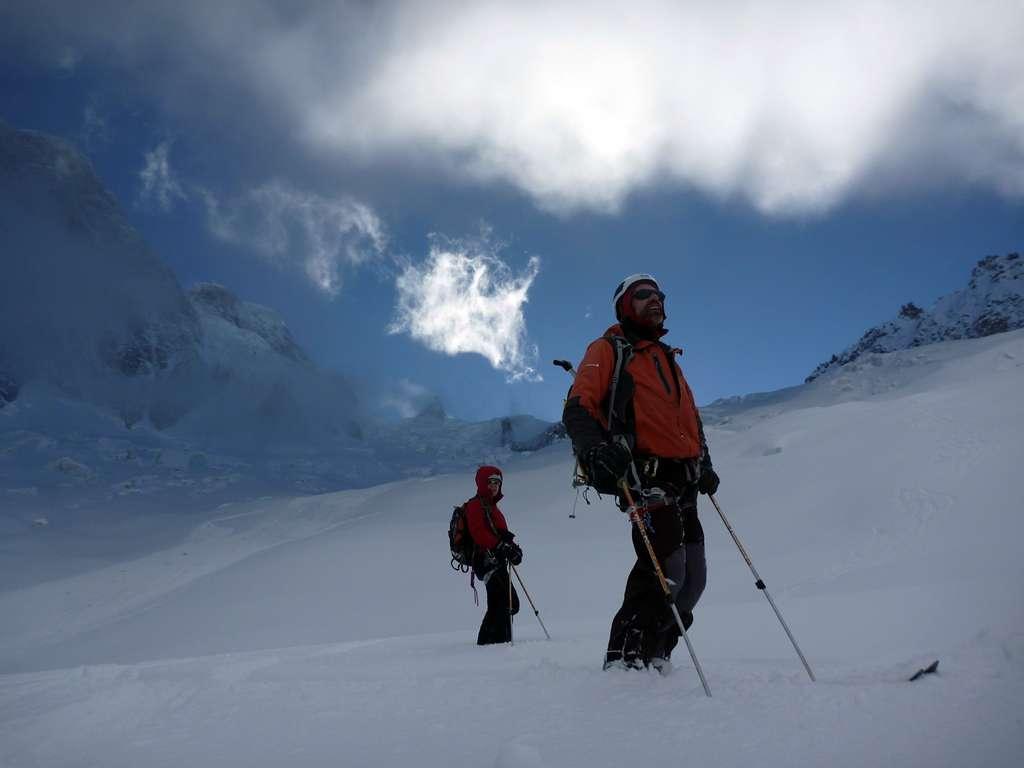 Giochi di luci sul ghiacciaio del Mont Mallet.