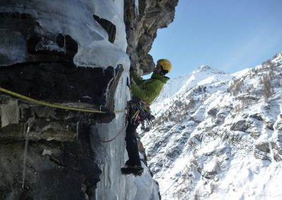Ice climbing course – advanced