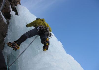 Advanced Ice climbing around Mont Blanc